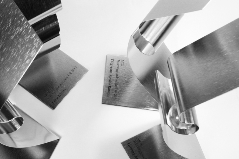 Mol Award 11